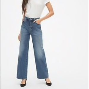 Gap • Light Wash Wide Leg Denim